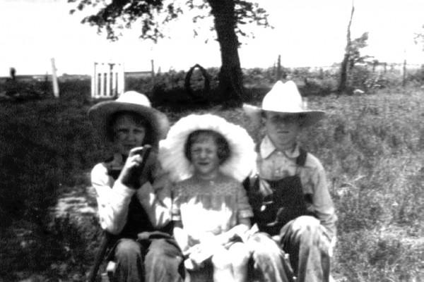 Lela, Kathleen and Ray circa 1933